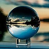 IZSUZEE K9 Kristallkugel Schneekugel Foto, 10cm Klarer Glaskugel Lensball Wahrsagerkugel mit Glas Ständer, Fotokugel für Büro Deko, Fotografie Kugel, Geburtstags Geschenk, Kamera Zubehör, MEHRWEG