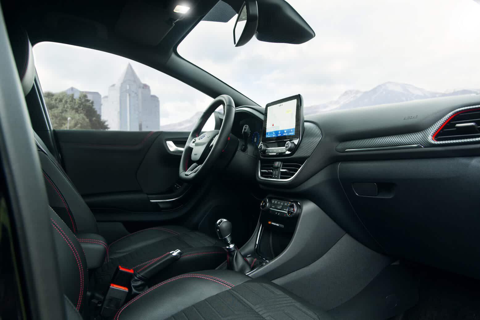 Ford Puma 2020 ST-Line Innenraum Beifahrerseite